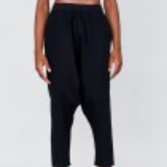 Oak NYC Other - Oak NYC Drop Crotch Panel Pant Black M